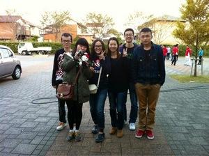我的中国同学(左二  文郷美同学)